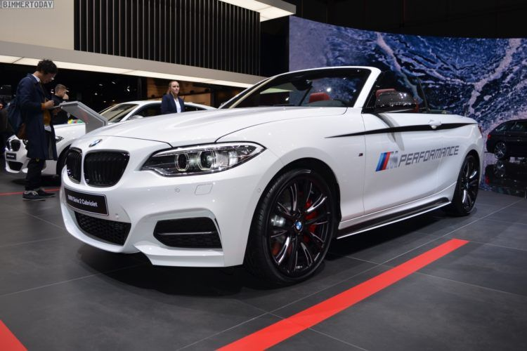 BMW M Performance-tuned M240i Convertible in Genève
